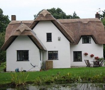 Kenilworth Cottage, Colehill as featured in Ade in Britain
